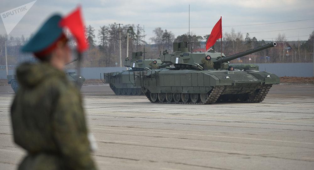 Tanques T-14 Armata (imagen referencial)