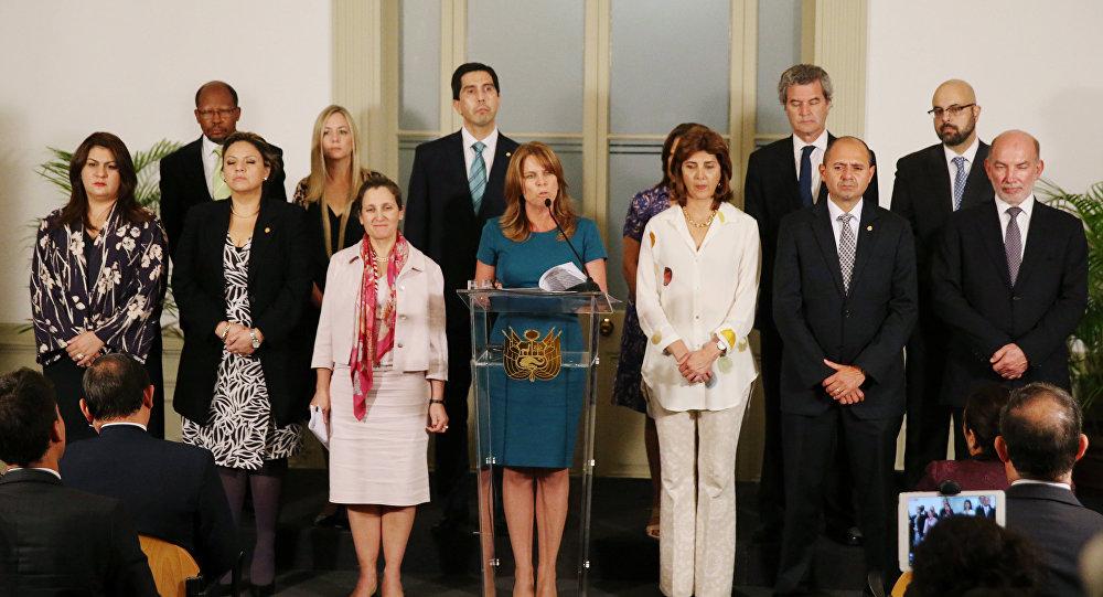 Cayetana Aljovín, ministra de Relaciones Exteriores de Perú, y representantes de los países que integran el Grupo de Lima