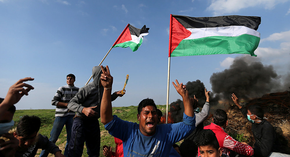 Carros de combate y aviones israelíes bombardearon la franja de Gaza
