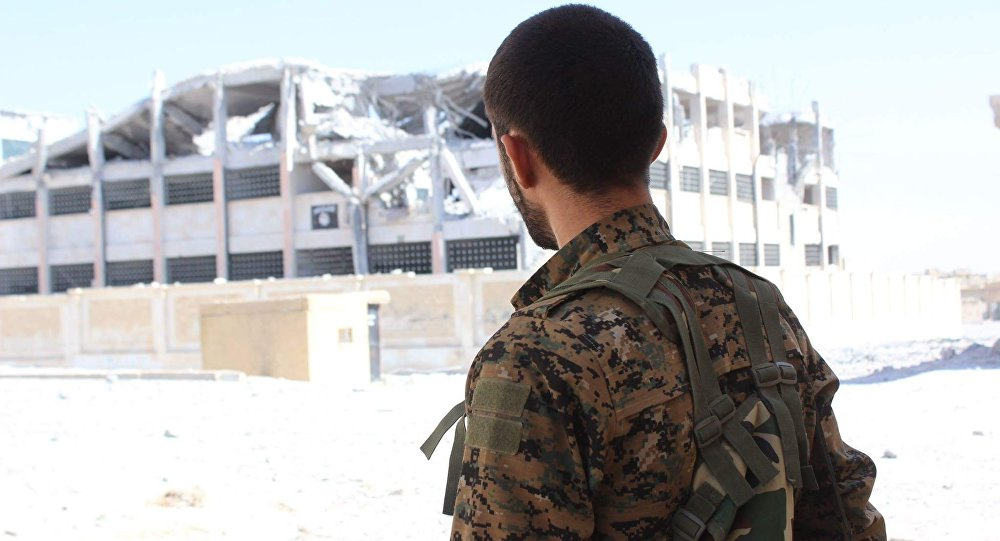 Un combatiente de las Unidades kurdas de Protección Popular (YPG)