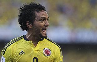 Abel Aguilar, centrocampista de la selección de fútbol de Colombia