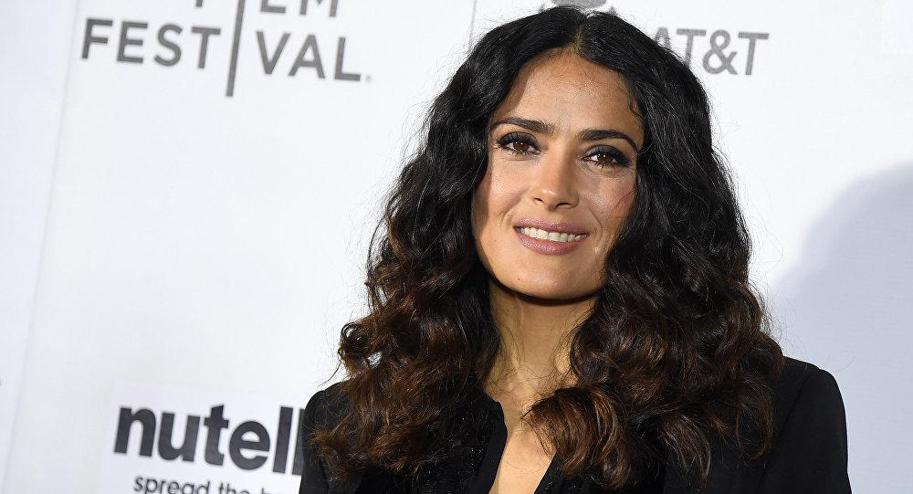El cambio de 'look' de Salma Hayek que sorprende a sus fans