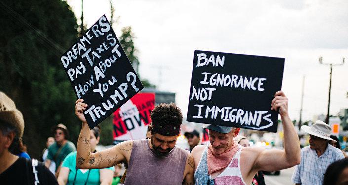 Marcha a favor de los inmigrantes en Los Ángeles, EEUU