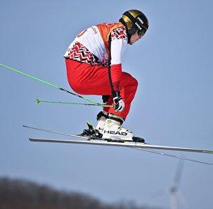 Esquí acrobático (archivo)