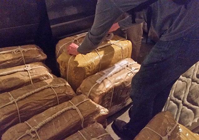 Cocaína encontrada en el edificio de la embajada rusa en Buenos Aires, Argentina (archivo)