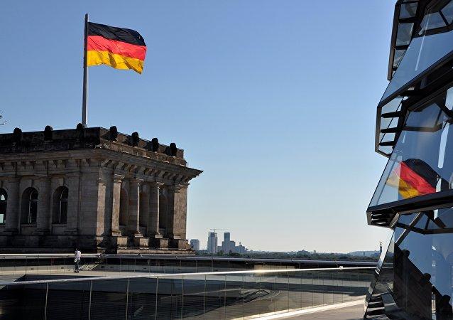 Bandera de Alemania en Berlín (imagen referencial)
