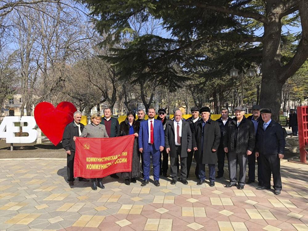 El candidato presidencial Maxim Suraikin durante su visita a Osetia del Sur