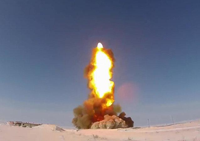 El lanzamiento de un misil  en el polígono de Sary Shagan