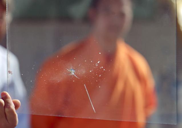 Ver para creer: un monje shaolín perfora un cristal con una aguja