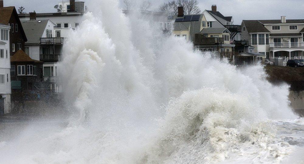Más de 2000 vuelos cancelados por tormenta nor'easter