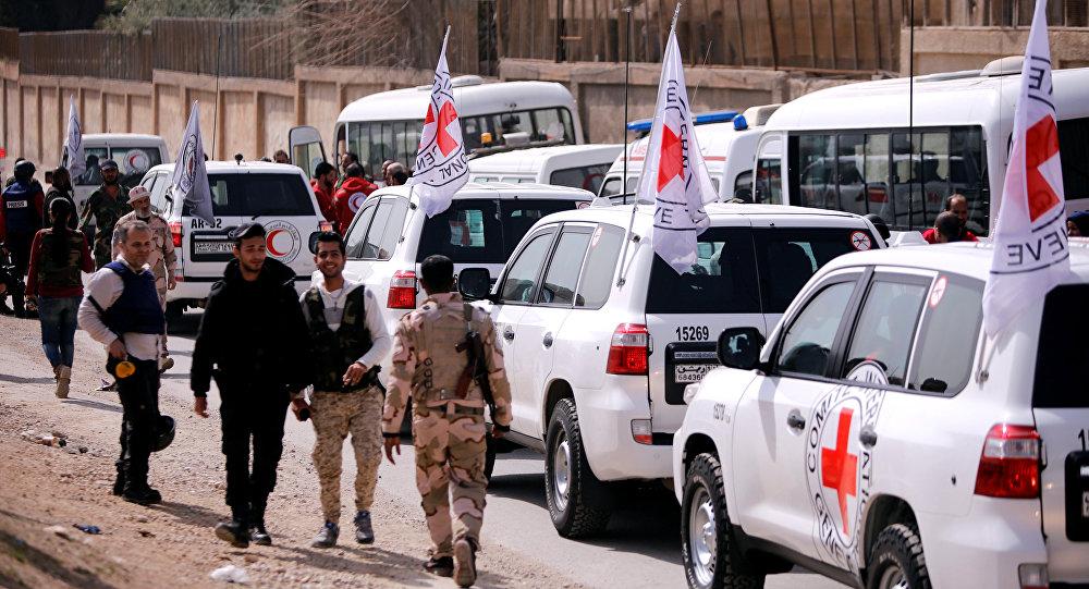 Un convoy de la Cruz Roja entra en Guta Oriental