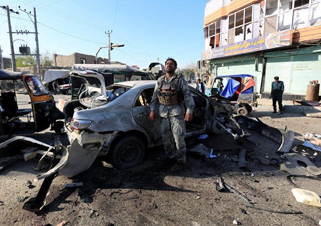 El lugar de la explosión en Jalalabad