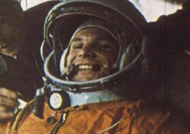Celebran el aniversario de Yuri Gagarin