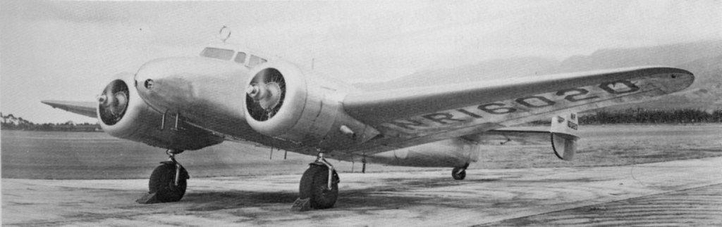 El avión Lockheed L-10E Electra