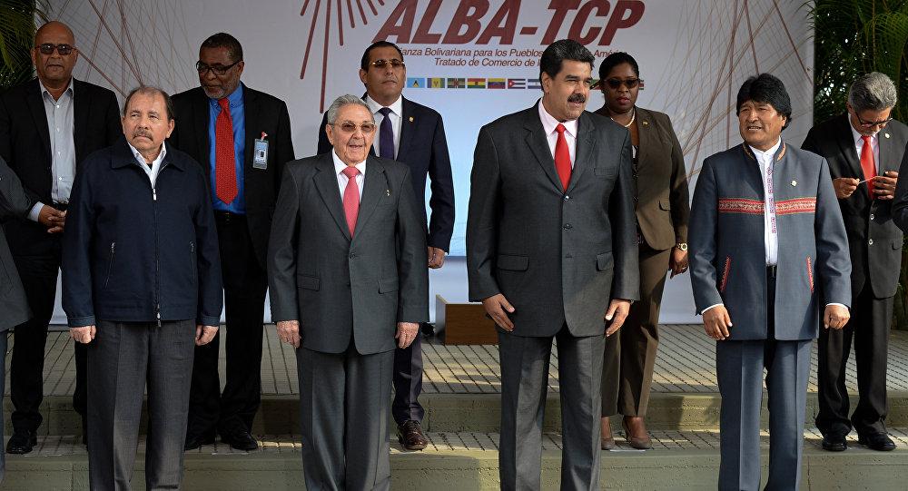 El presidente de Nicaragua, Daniel Ortega, el presidente de Cuba, Raul Castro, y los mandatarios de Venezuela y de Bolivia, Nicolás Maduro y Evo Morales