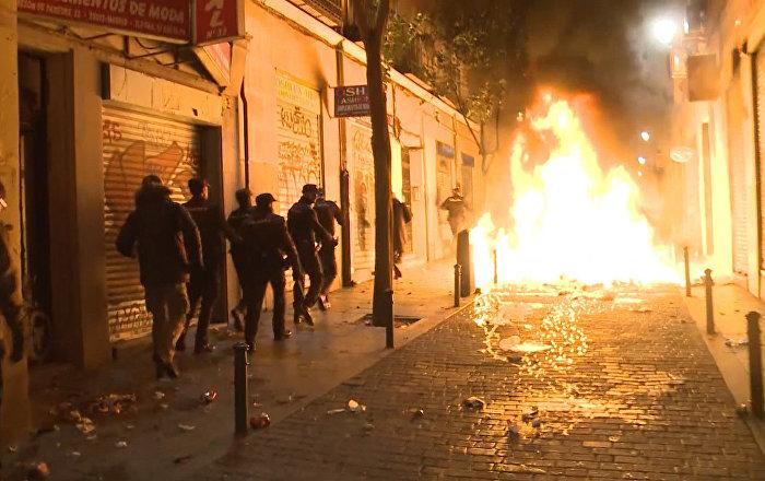 La muerte de un inmigrante genera disturbios en Madrid