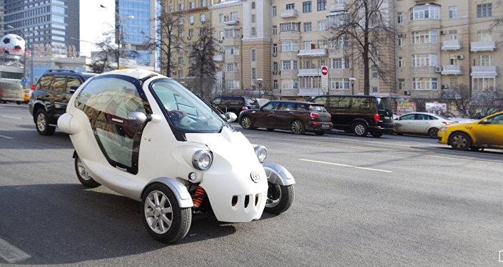Vehículo eléctrico de tres ruedas ruso
