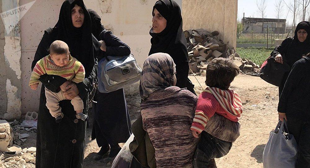 Civiles abandonandos en Siria (archivo)