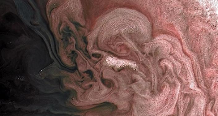 La 'tormenta rosa' en Júpiter