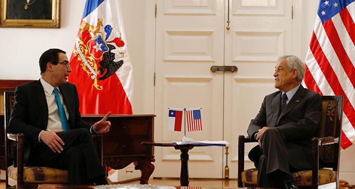Piñera considera al Canal ampliado como