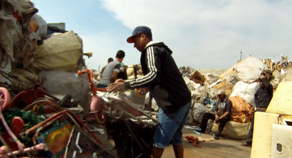 Captura de pantalla del documental Los Olvidados, sobre la problemática que enfrentan los habitantes del barrio Marconi de Montevideo