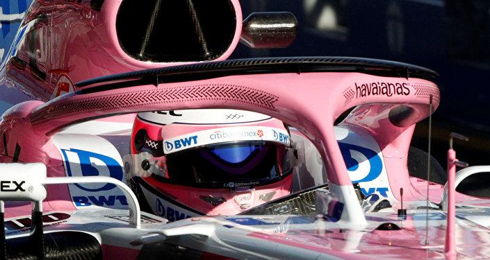 El auto de Sahara Force India en la Fórmula 1, con forma de Havaianas