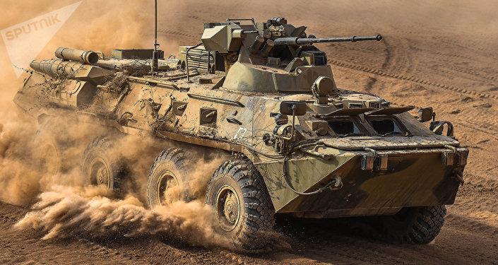 Vehículo blindado BTR-82 (archivo)