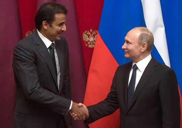 El emir de Catar, Tamim bin Hamad Thani, y el presidente ruso, Vladímir Putin