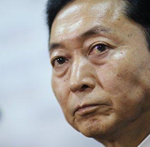 Yukio Hatoyama, ex primer ministro de Japón, en Simferópol