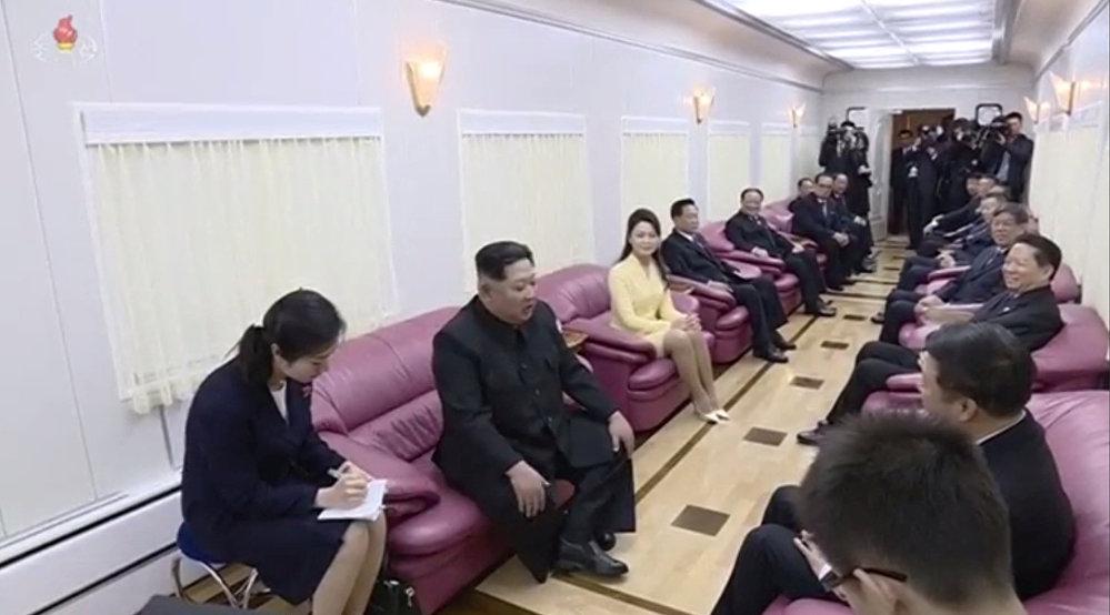 El interior de uno de los vagones del tren de Kim Jong-un, líder norcoreano