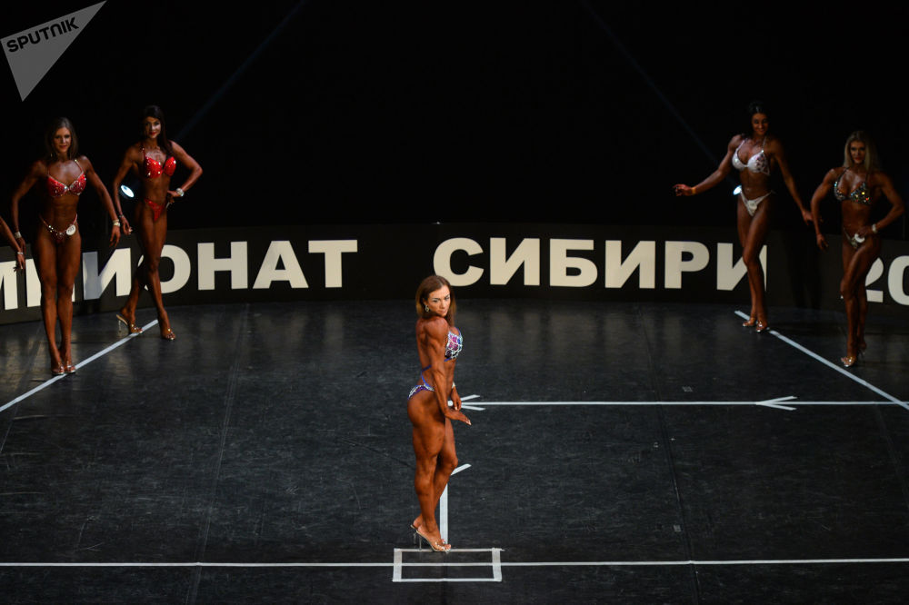 Siberia se llena de músculos de acero durante el campeonato de culturismo