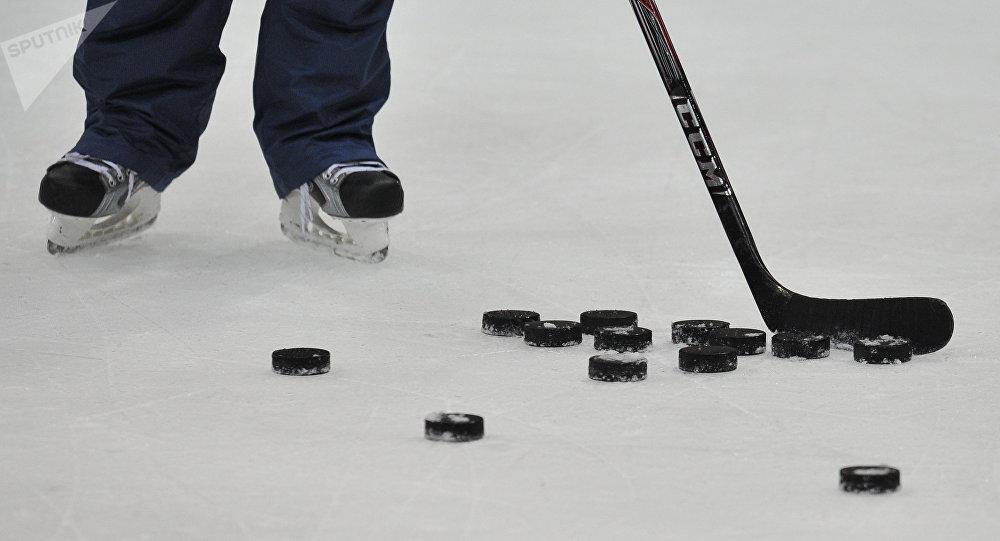Mueren 14 miembros de equipo de hockey en accidente — Canadá