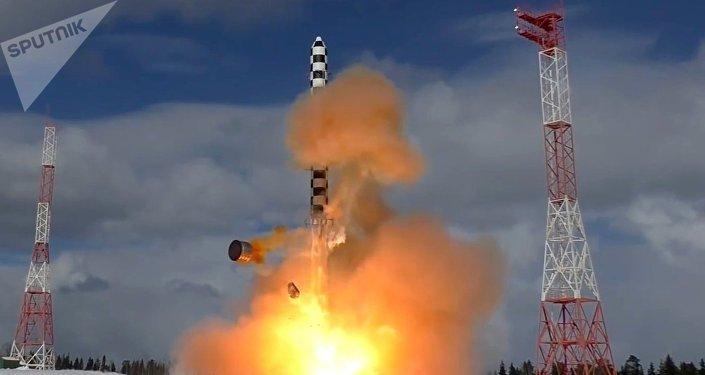 Lanzamiento del misil Sarmat