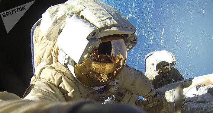 Cosmonautas rusos en la Estación Espacial Internacional (archivo)