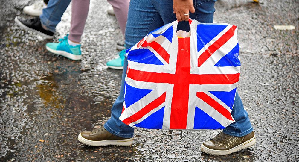 Una bolsa con la bandera del Reino Unido