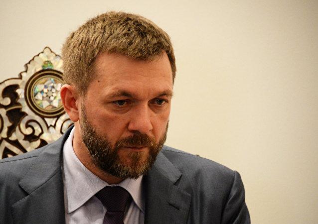 Dmitri Sablin, coordinador del grupo para las relaciones con el Parlamento de Siria de la Duma de Estado