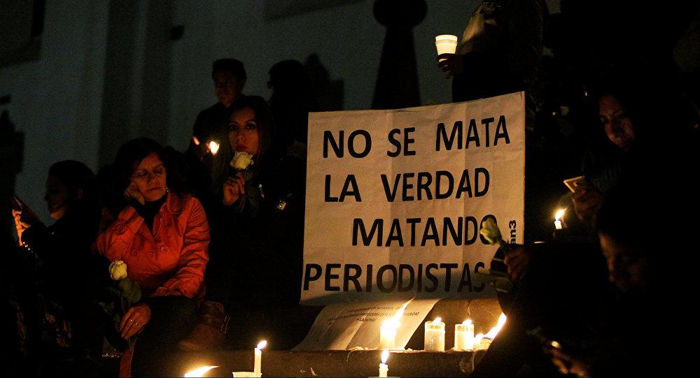 Homenaje a los periodistas asesinados en la frontera entre Ecuador y Colombia