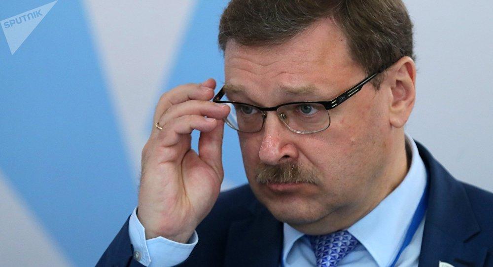 Konstantín Kosachov, senador ruso