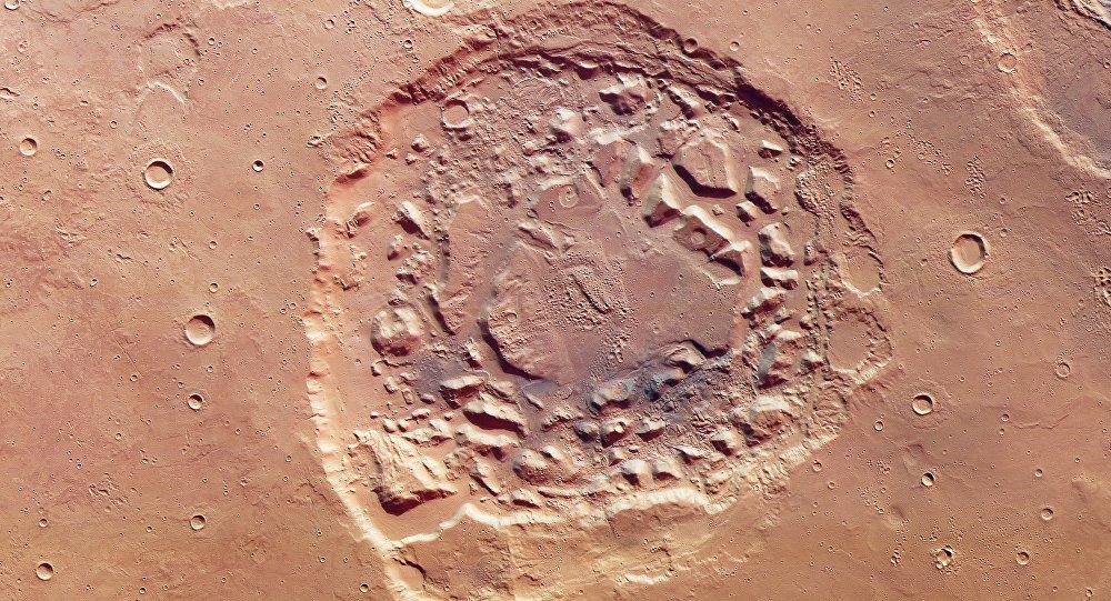 El cráter de Ismenia Patera, en Marte