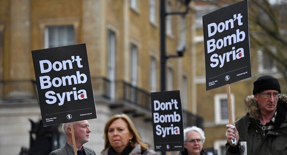 Protestas contra la involucración del Reino Unido en el ataque contra Siria, Londres