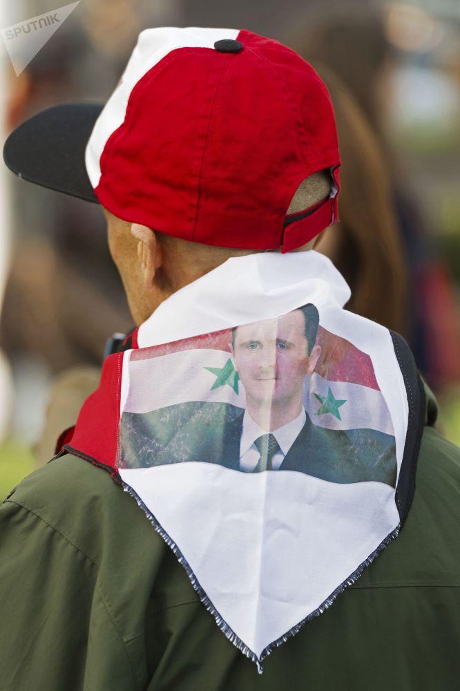 Manifestaciones en Londres en protesta a los bombardeos contra Siria