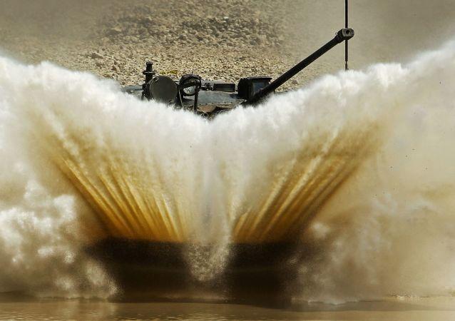 Carrera de velocidad entre vehículos de asalto aerotransportados