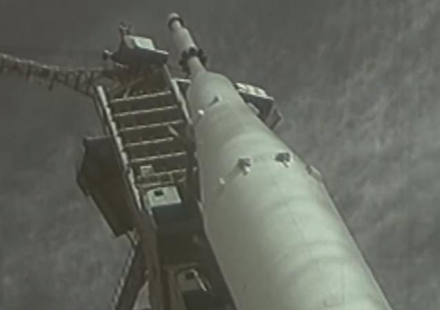 Ir al espacio a lo grande: la vuelta de los cohetes superpesados