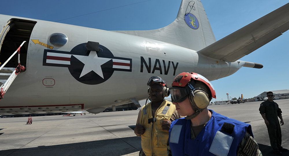 Nave de la Marina de EEUU en el aeródromo de Sigonella (Italia)