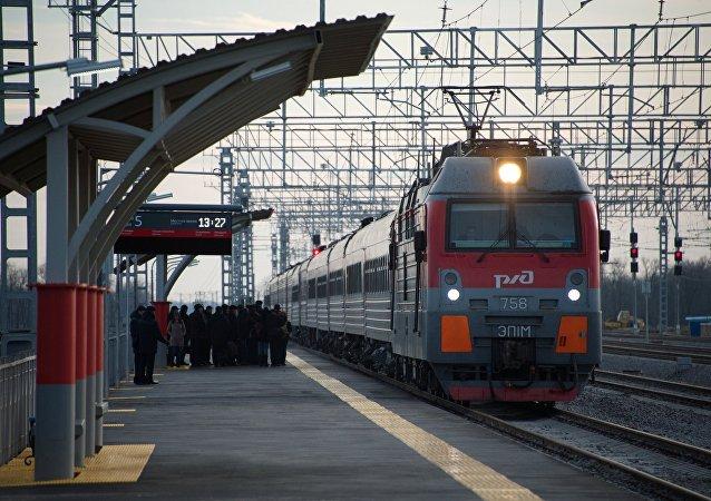 Un tren de RZhD