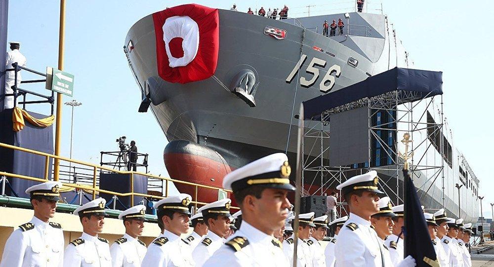 Resultado de imagen para Perú ensaya su primer buque de desembarco portahelicópteros