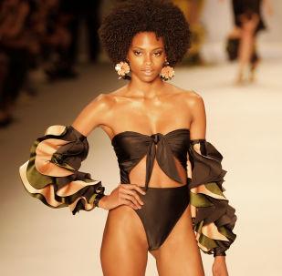 La diversa belleza de las mujeres brasileñas en la Semana de la Moda de Sao Paulo