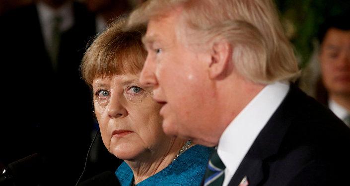 La canciller de Alemania, Angela Merkel, y el presidente de Estados Unidos, Donald Trump, archivo