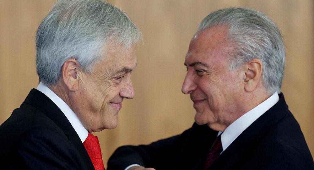 El presidente chileno, Sebastián Piñera, junto al presidente de Brasil, Michel Temer