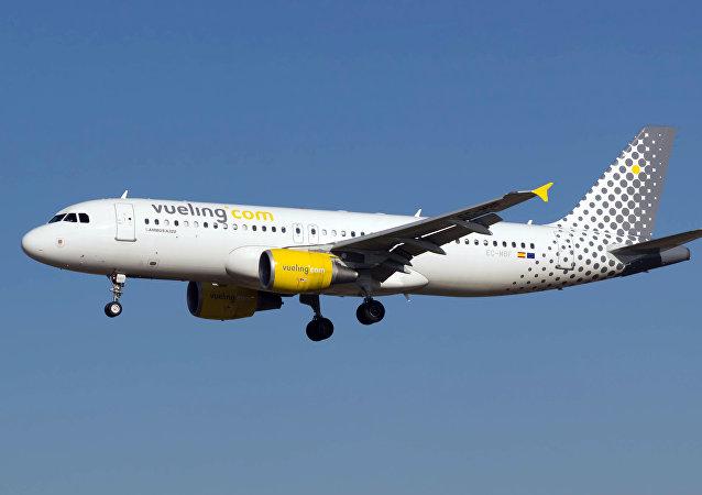 Un avión de la compañía española Vueling (archivo)
